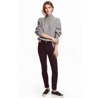 H&M Spodnie superstretch 0355953029 Śliwkowy