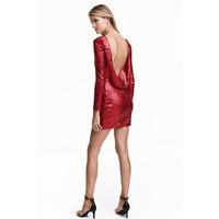 H&M Cekinowa sukienka 0447532002 Czerwony