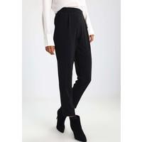 Wallis HENNA Spodnie materiałowe black WL521A01Y