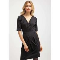 Sisley Sukienka etui black 7SI21C05R