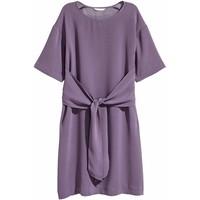 H&M Sukienka z wiązaniem 0455894005 Fioletowy