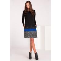 Monnari Sukienka z haftowanym zdobieniem SUKPOL0-16J-DRE4130-KM20D601-R36