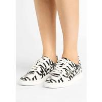 Calvin Klein DANYA Sneakersy niskie white/black 6CA11A002