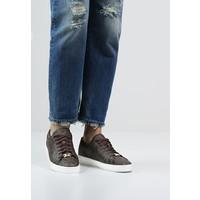 MICHAEL Michael Kors KEATON Sneakersy niskie brown MK111S015