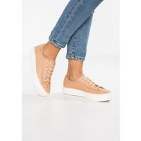 Keds TRIPLE KICK Sneakersy niskie natural KE211A082